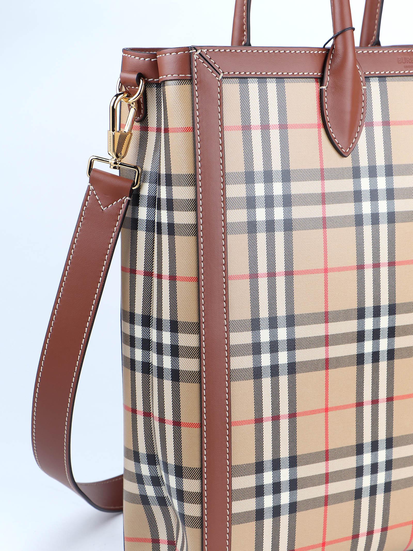 Picture of Burberry | Ml Md Kane H Ctx:121977