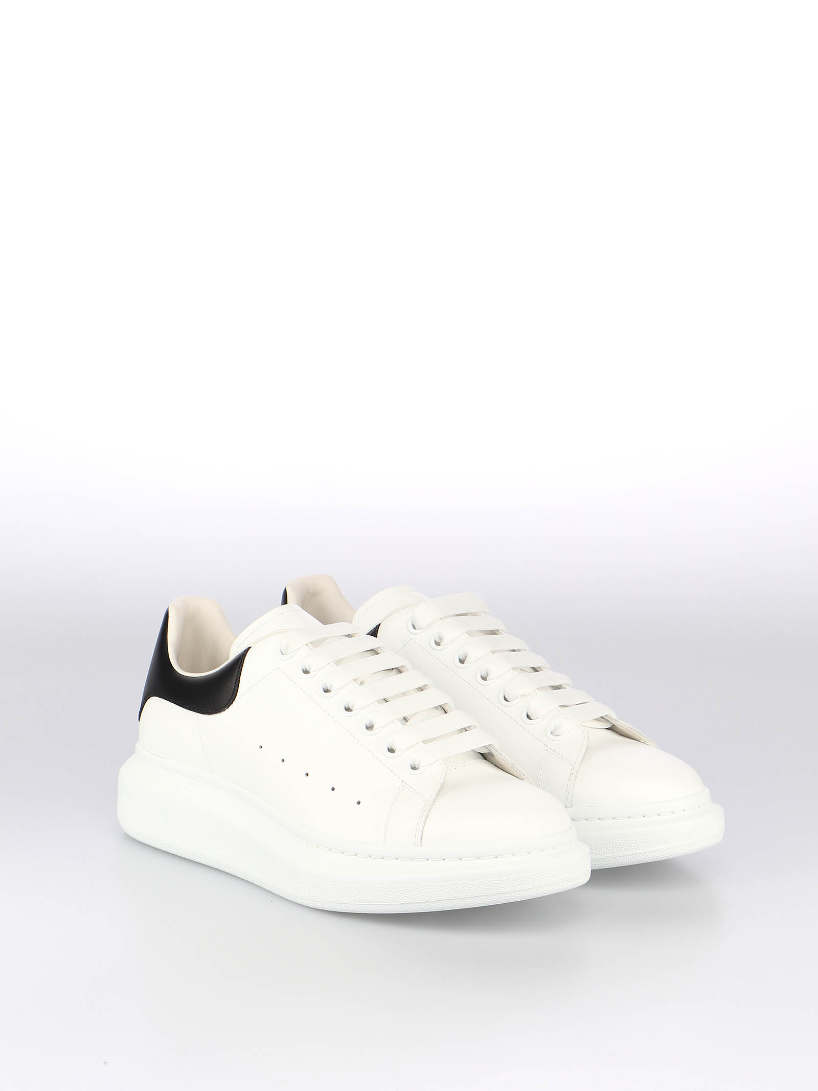 Picture of Alexander Mcqueen | Sneaker Oversize