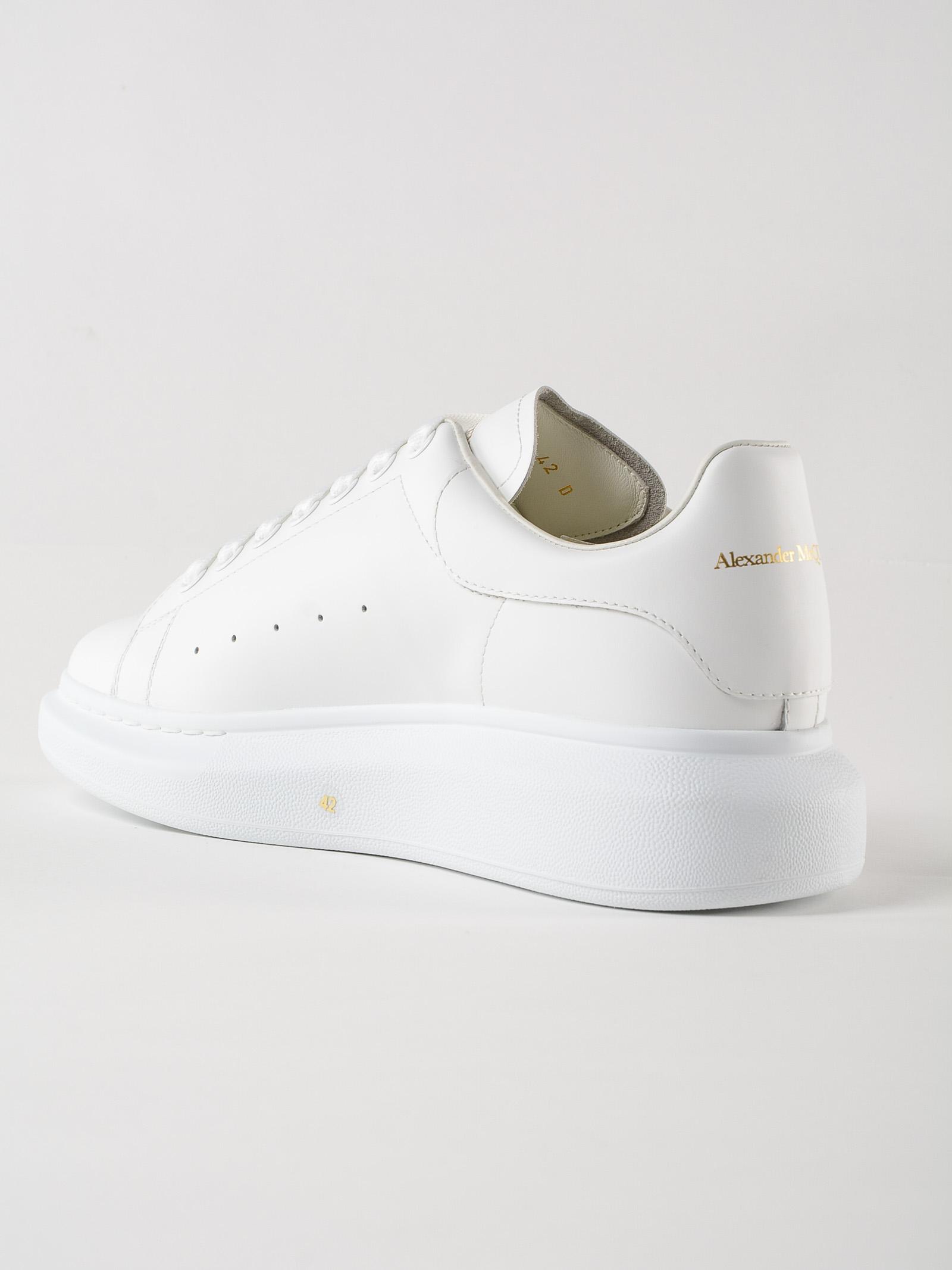 Picture of Alexander Mcqueen   Sneakers Oversize