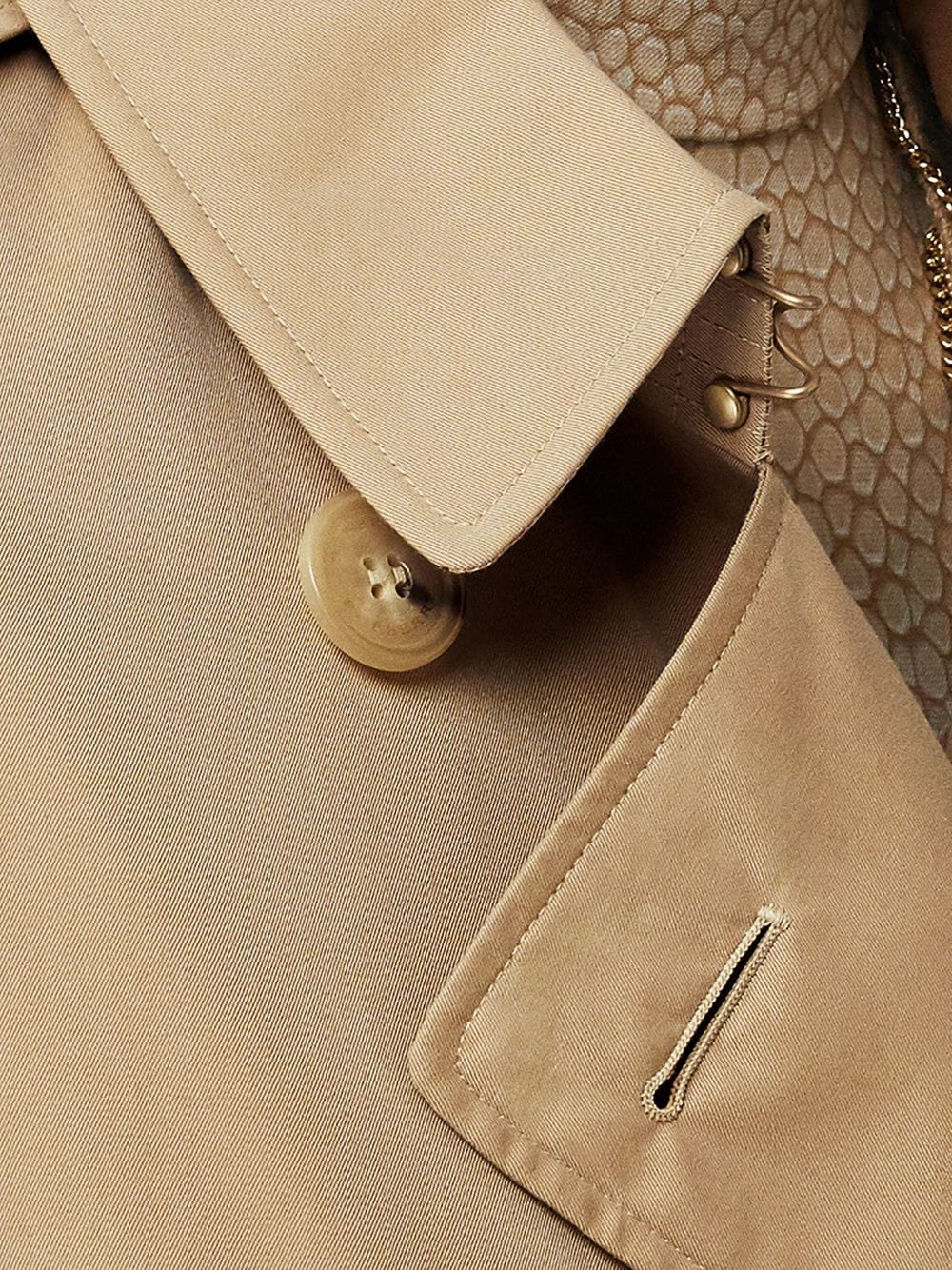 Picture of Burberry | Kensington Trench