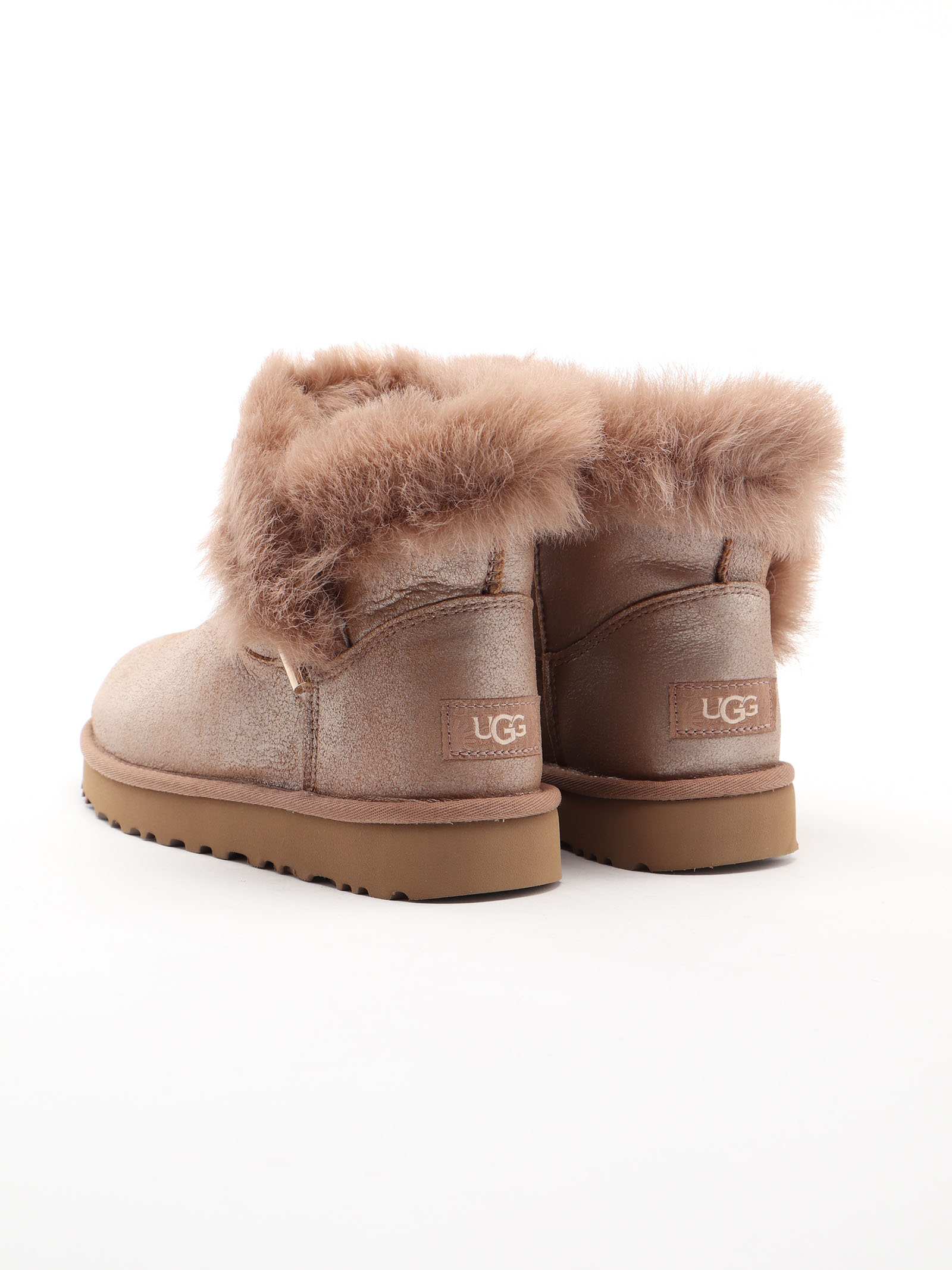 Picture of Ugg | Classic Fluff Pin