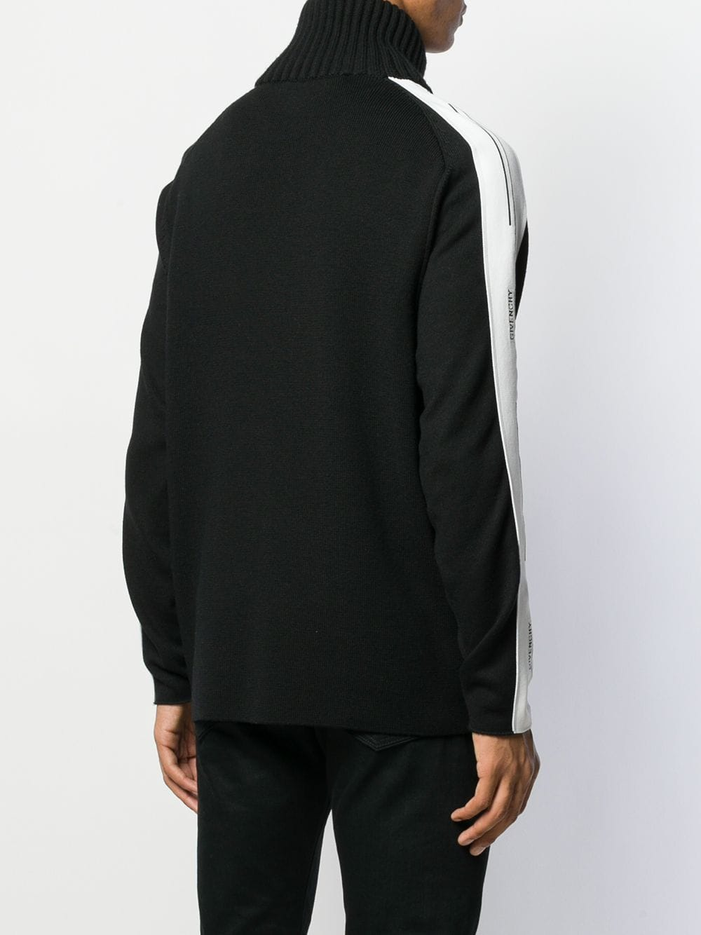 Picture of Givenchy | Sweater