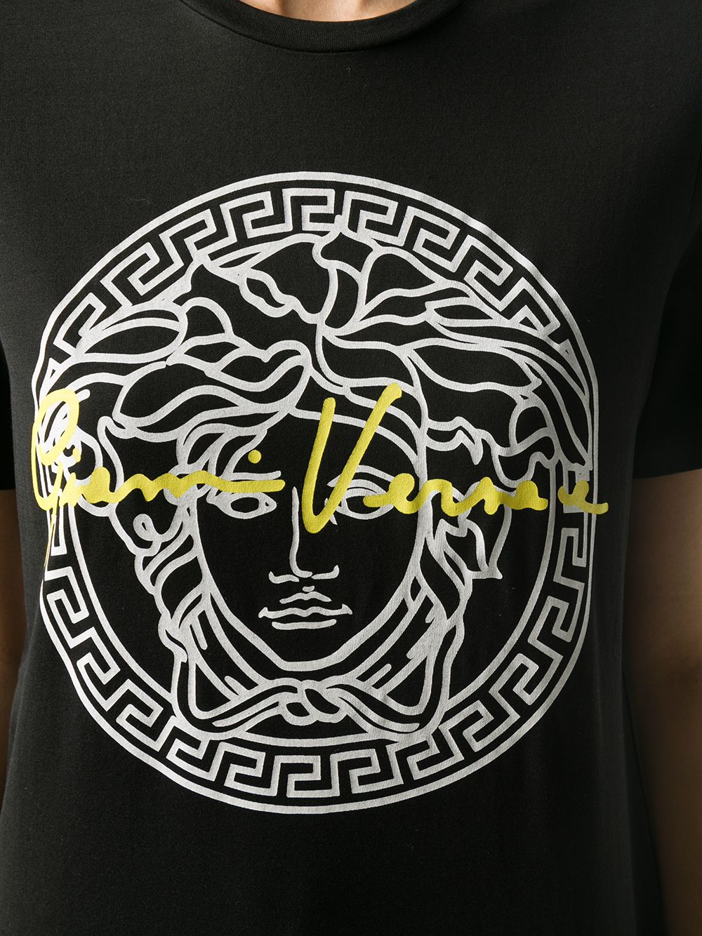 Picture of Versace   T-Shirt