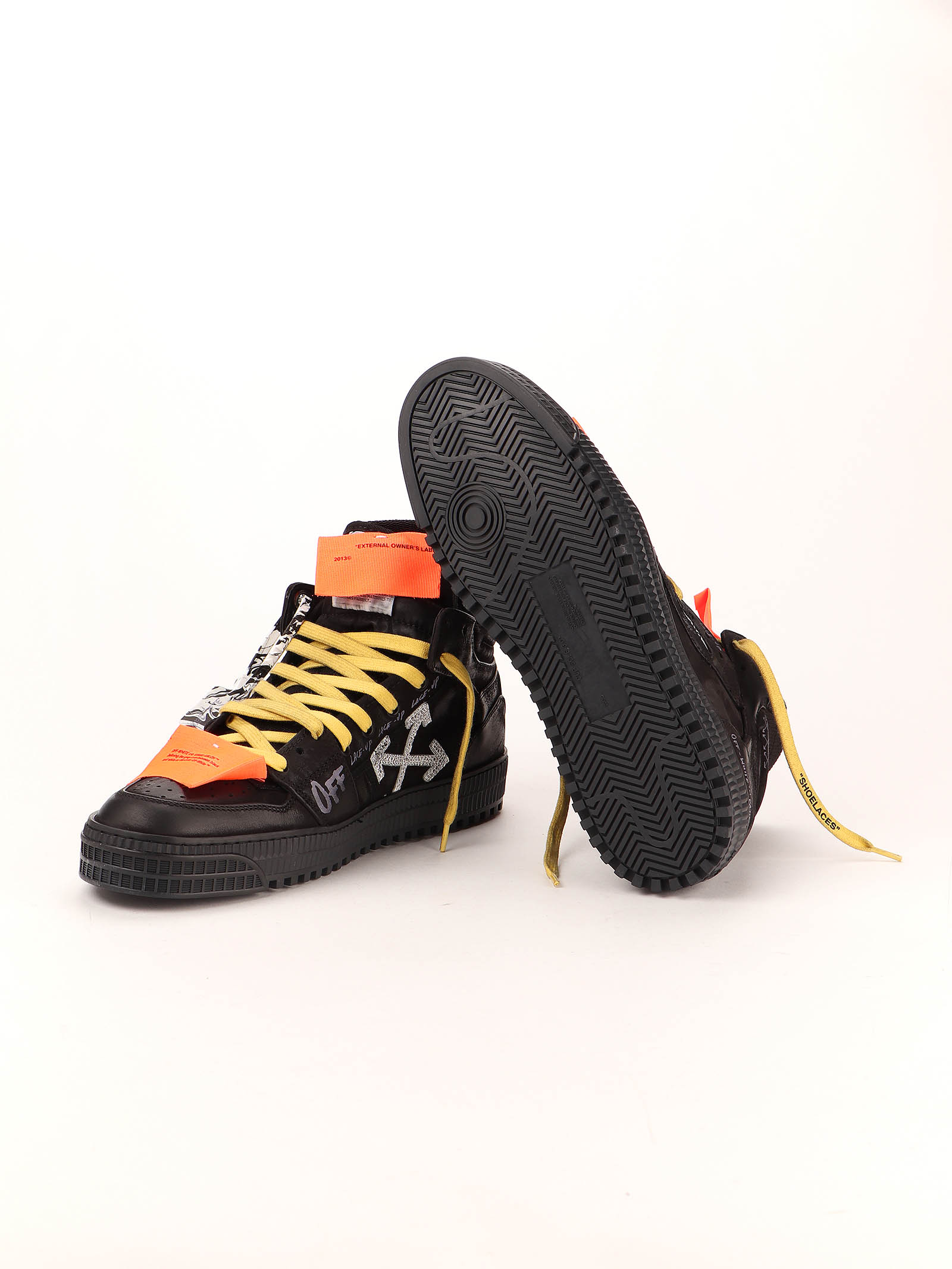Picture of Off White | Off Court Sneaker